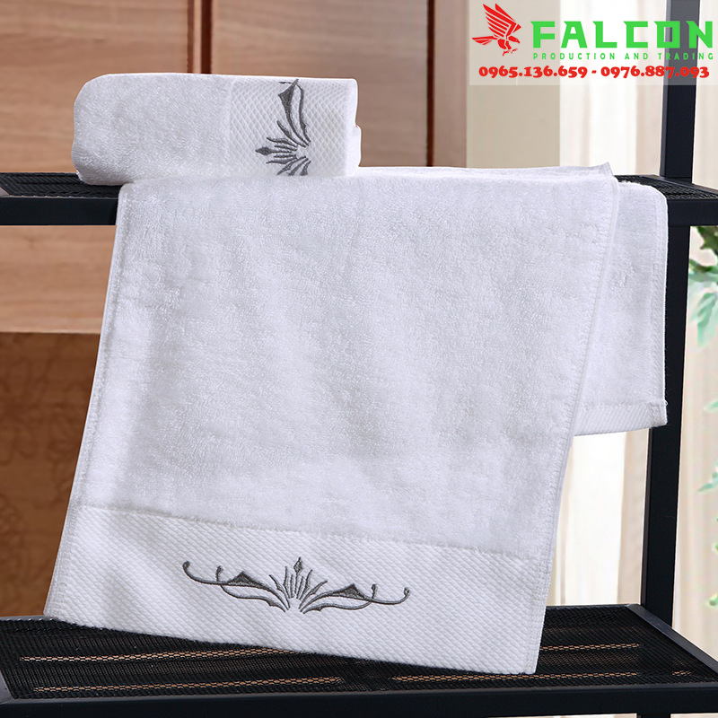 khăn tắm, khăn mặt dùng trong khách sạn